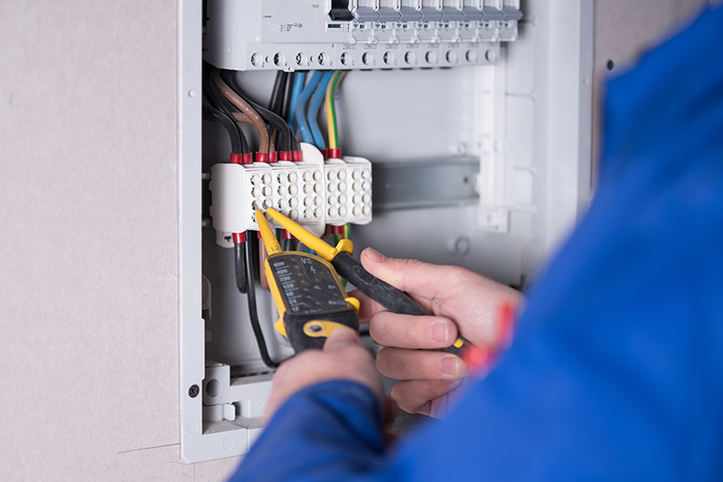 Emergency Electrician in Leeds West Yorkshire